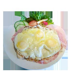 Uitsmijter met ham en kaas